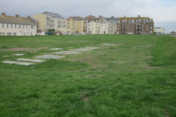 Housing for Bulverhythe and bathing pool sites still part of council's plans