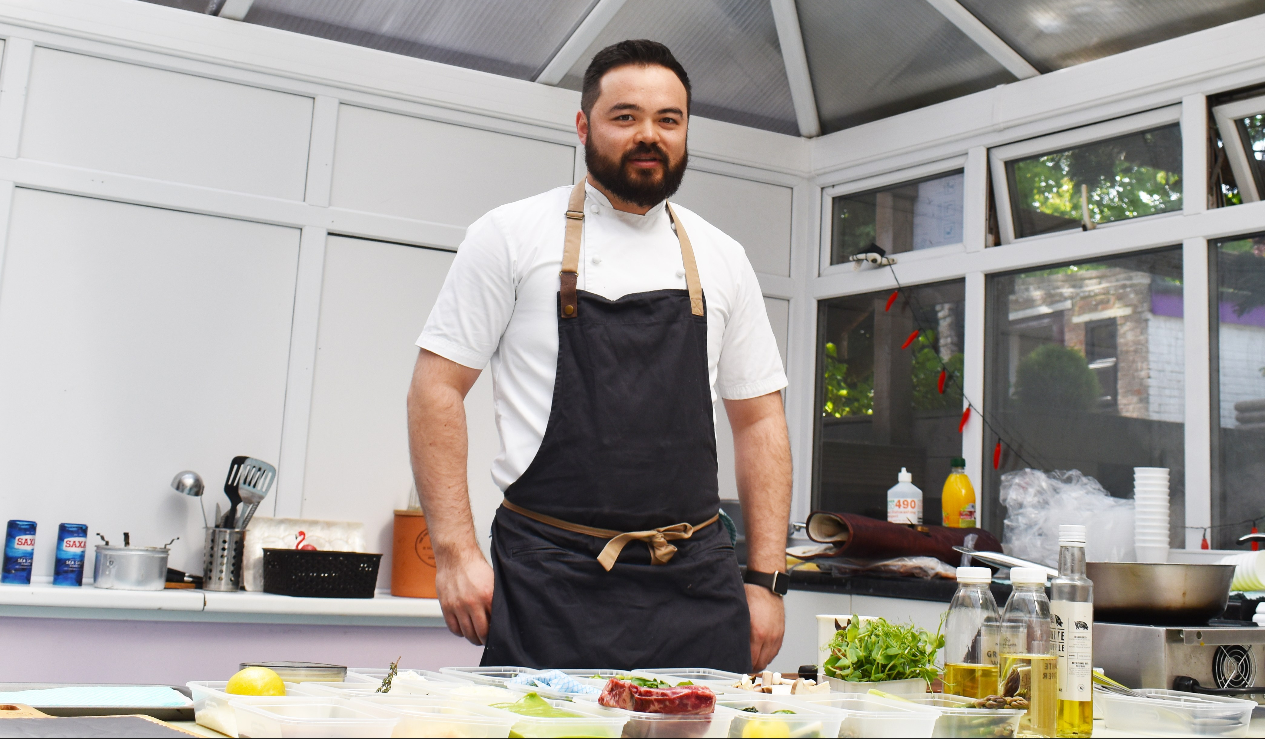 Mastechef semi-finalist cooks up a storm at his old school