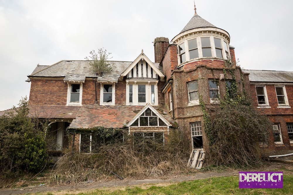 Gone but not forgotten… Westerleigh School – Derelict in the UK