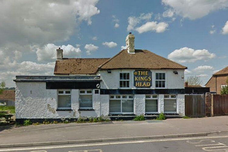 Then and now – The Kings Head in Ore