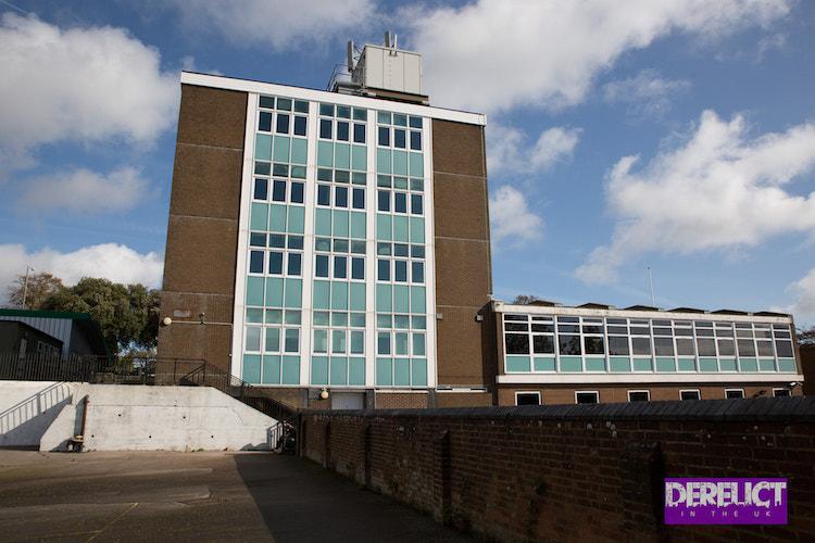 Derelict in the UK – Helenswood Upper School, The Ridge