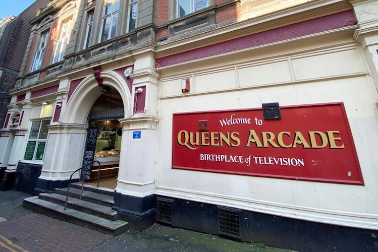 Queens Arcade – a new start under new owners?