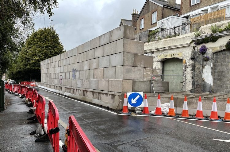They're still standing! Another delay in demolishing unsafe Battle Road arches!