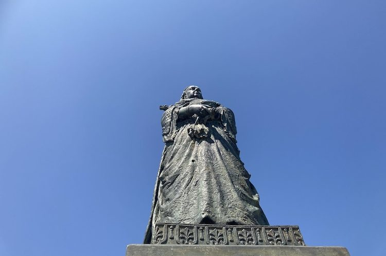 How Queen Victoria was hit by enemy fire in Hastings